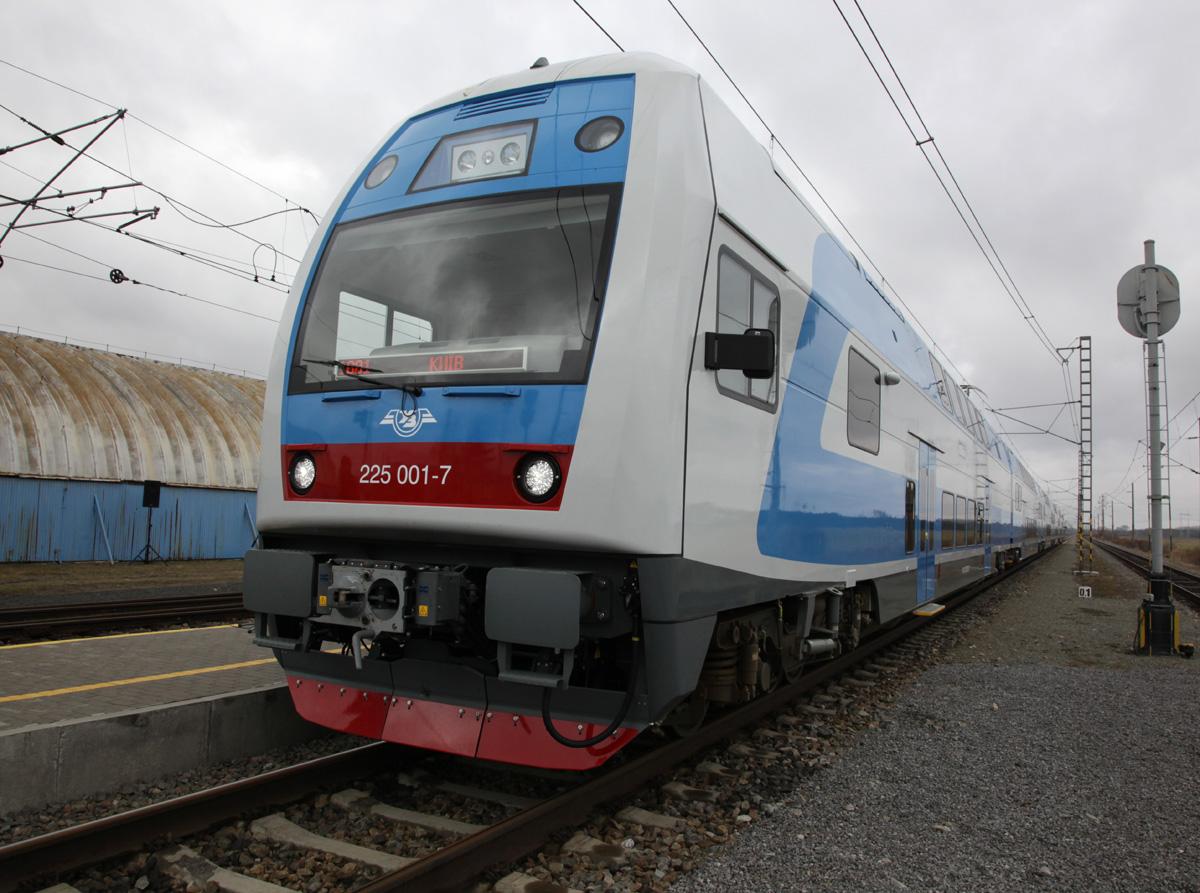 Двухэтажный поезд к Евро-2012