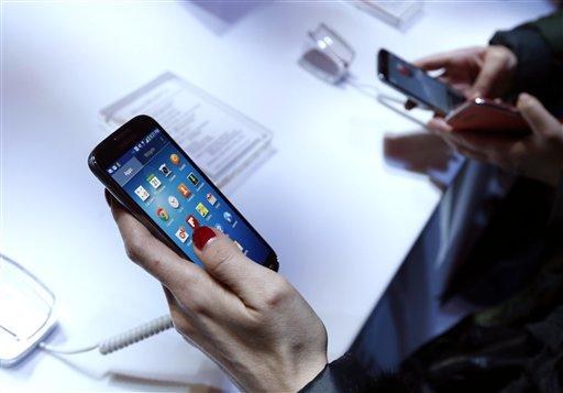 Samsung Galaxy S IV оказался мощнее всех