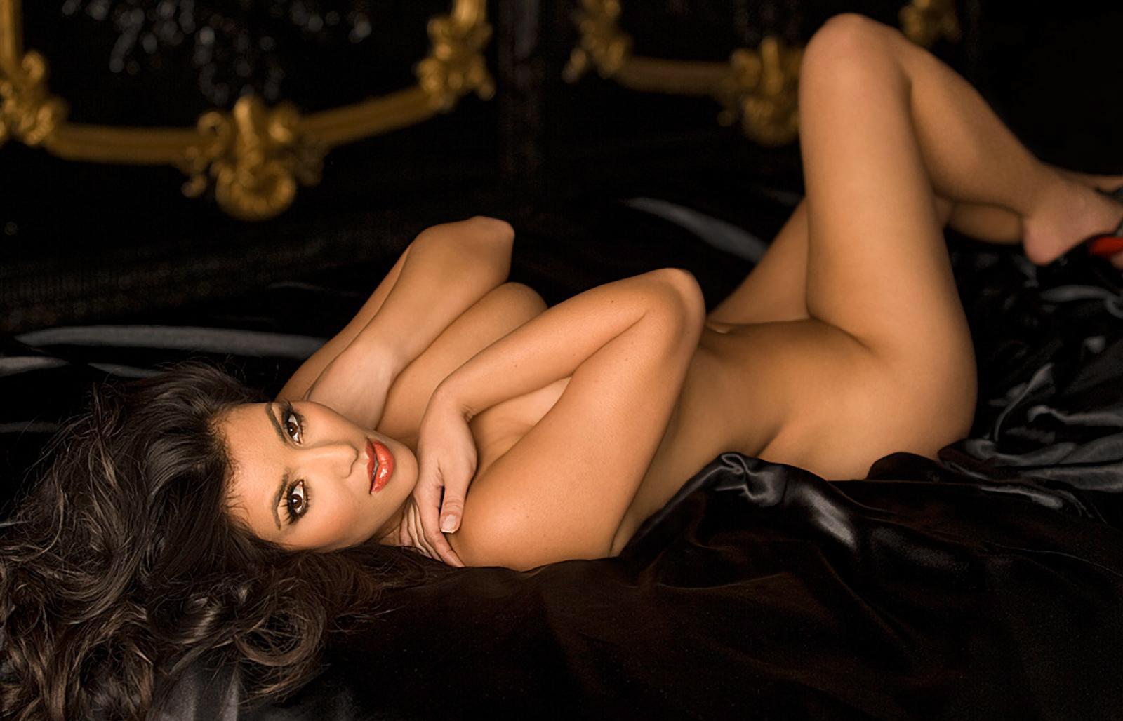 Секс с несколькими сексуальными девушками 23 фотография