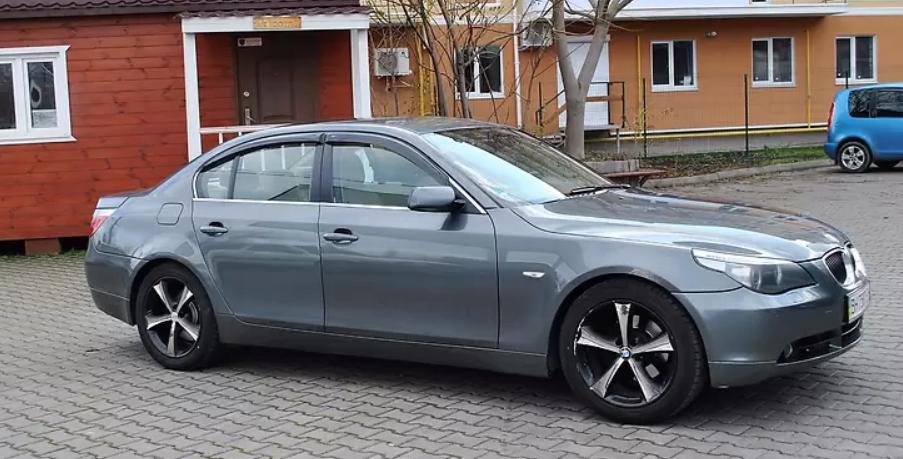 BMW 525 (иллюстративное фото)
