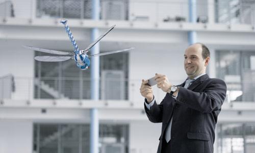 Festo представила робота-стрекозу