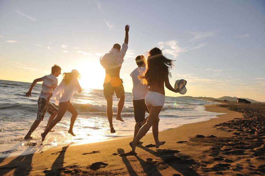 Веселая компания - самая здоровая альтернатива спиртному