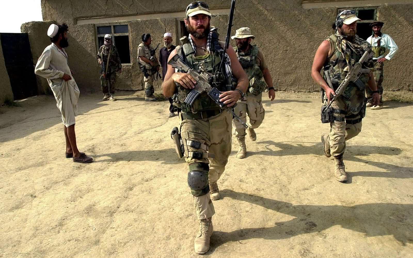 Секс девочка и солдаты 24 фотография