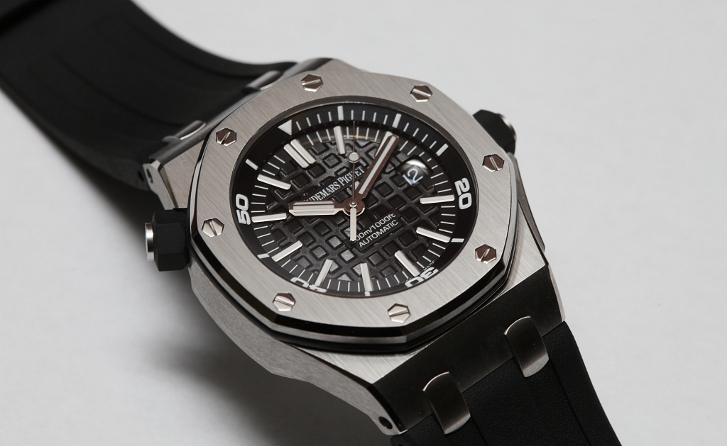 Audemars Piguet Royal Oak Offshore Diver - 550 тысяч гривен