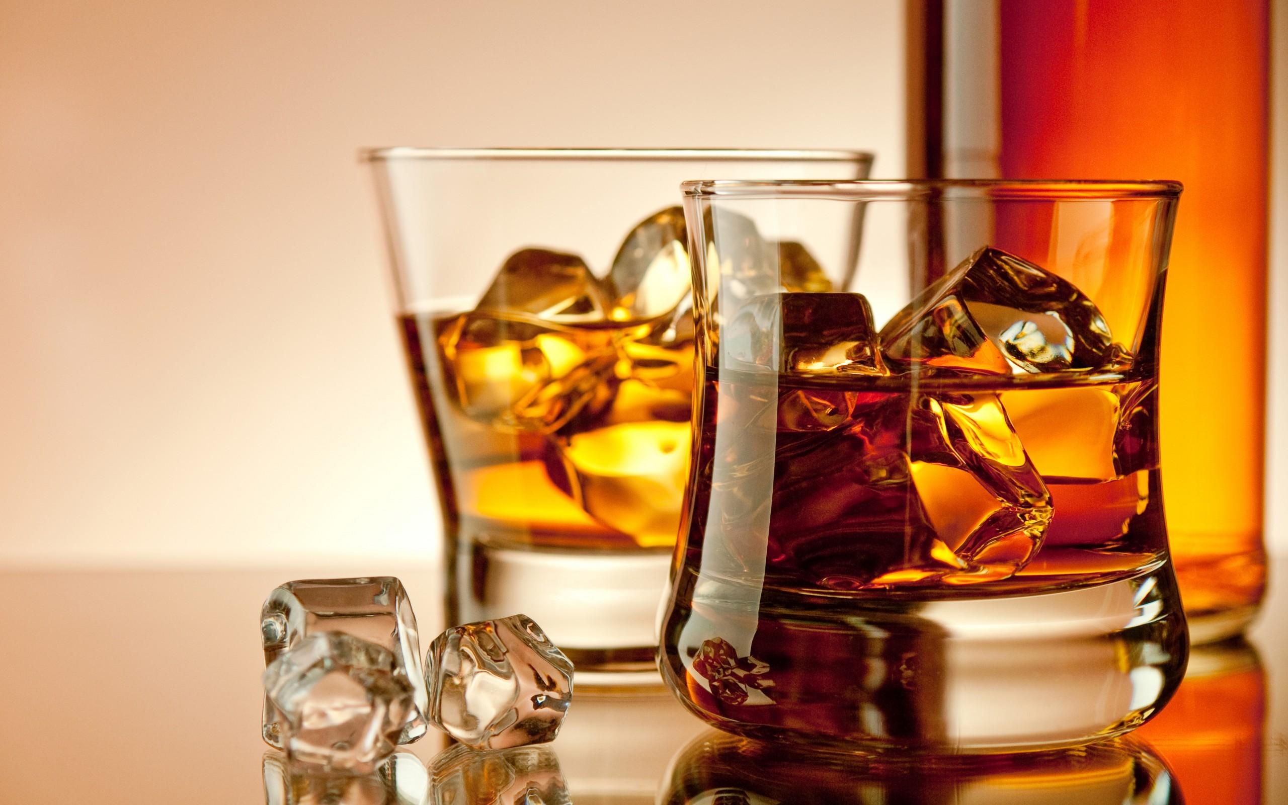Некоторые сорта спиртного лучше пить охлажденными