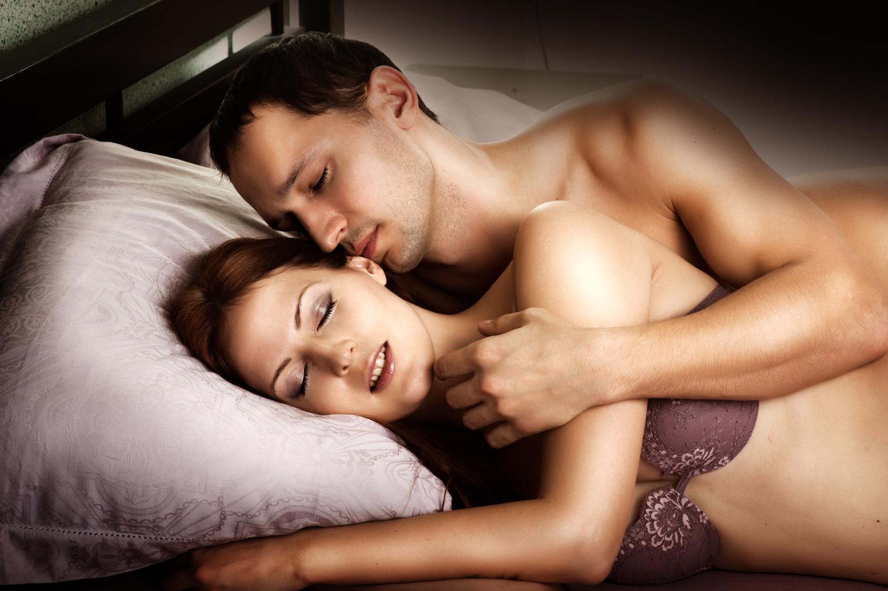 Фото позы девушки в сексе боком 18 фотография
