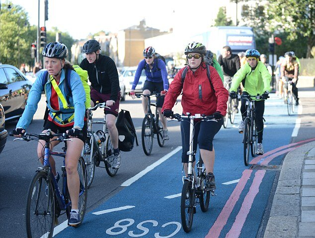 Велосипедисты чаще стали погибать под колесами авто