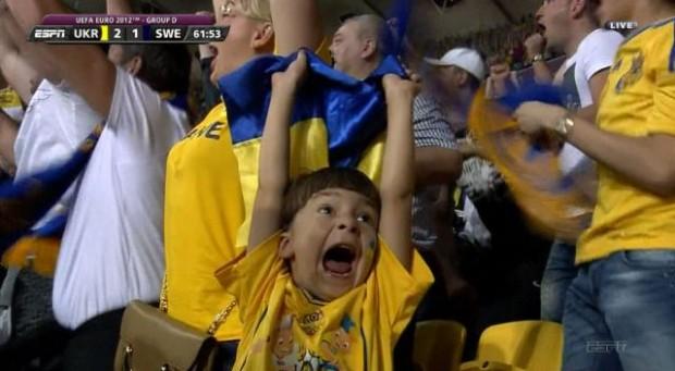Шестилетний киевлянин Тимур стал звездой матча Украина-Швеция