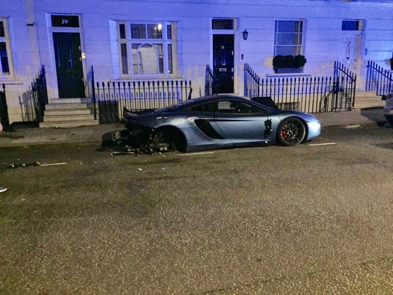 Владелец Audi Q7 разбил в ДТП McLaren MP4-12C, Bentley Bentayga, Porsche Cayenne и 911 Turbo
