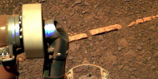 Марсианские кирпичи в ряд