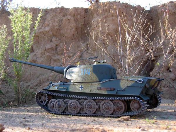 Лев был мощным, но медленным танком