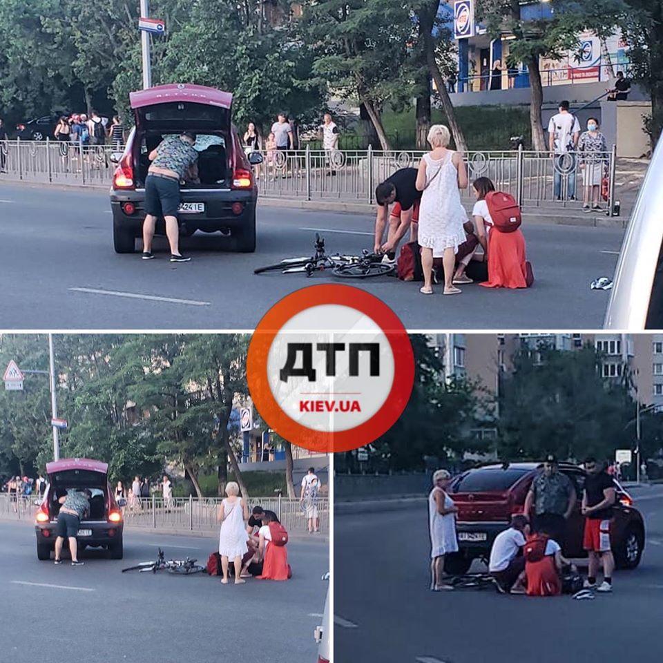 В Киеве Smart врезался в Range Rover: Сводка за 11 июня