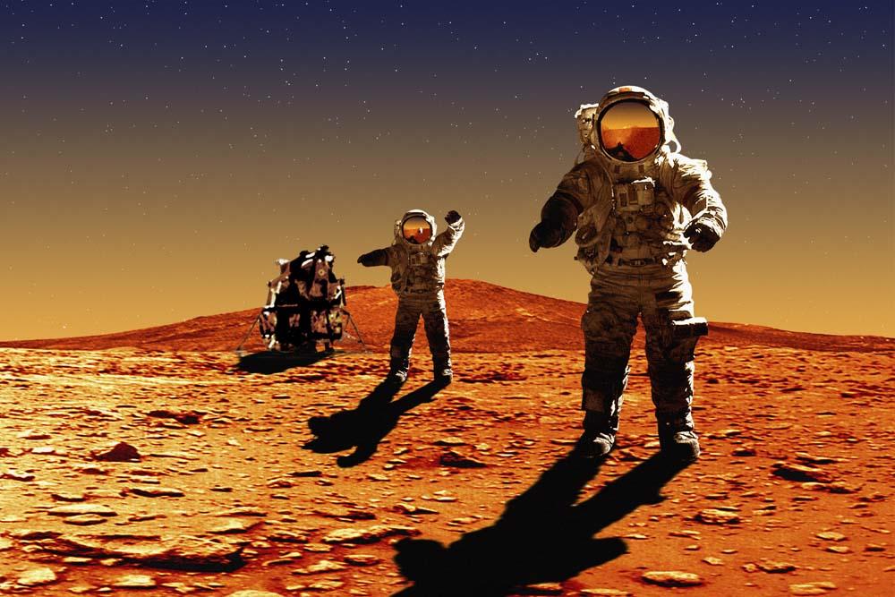 Для полета на Марс отобрали восемь человек