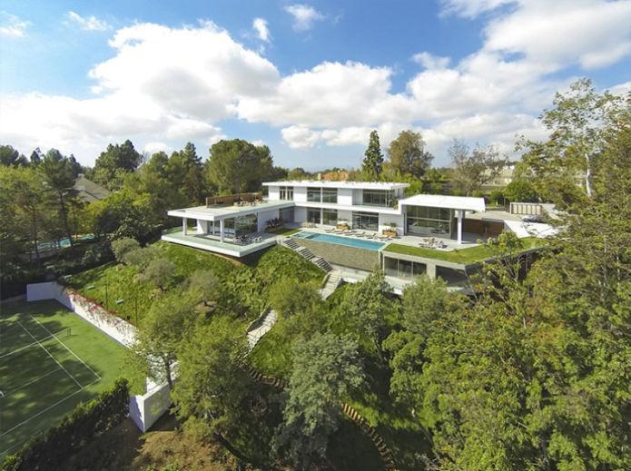 Jay-Z и Бейонсе платят за аренду дома по $150 тысяч в месяц