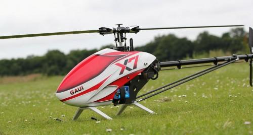 Вертолет Gaui X7 - на нем демонстрировались трюки на видео