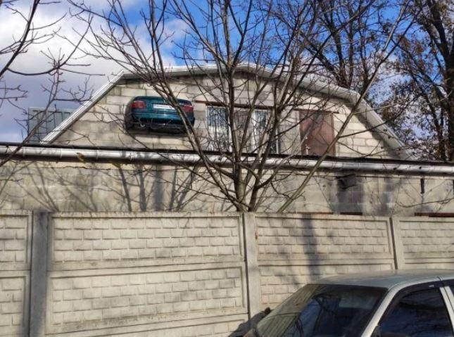 По версии пользователей соцсетей, хозяин может быть владельцем домашнего гаражного сервиса