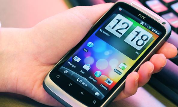 HTC Desire S подскочила сразу на пять пунктов, завоевав пятое место в рейтинге самых популярных телефонов июля.