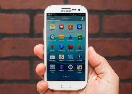 Samsung Galaxy S3 - один из самых удачных смартфонов компании