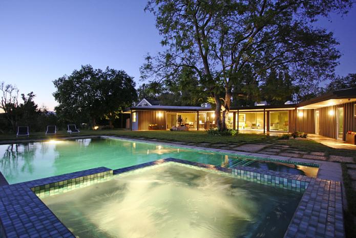 Дом Майли Сайрус оценивается в $3,9 миллиона