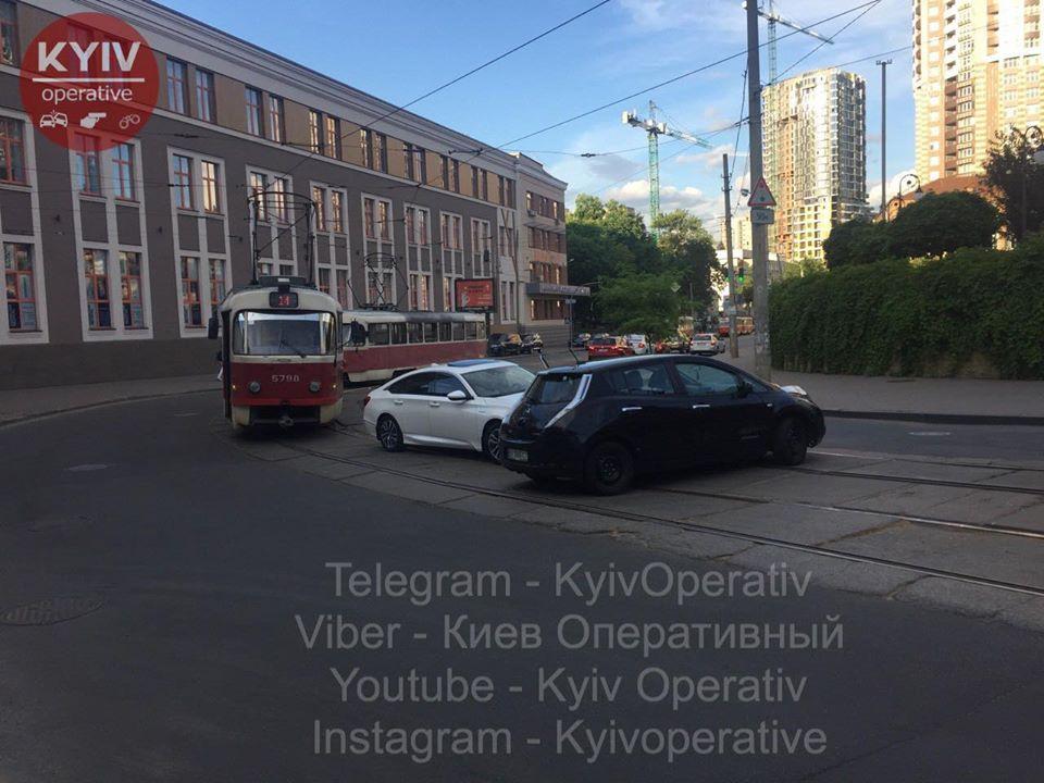 Опять смерть под Киевом: Сводка ДТП за 15 июля
