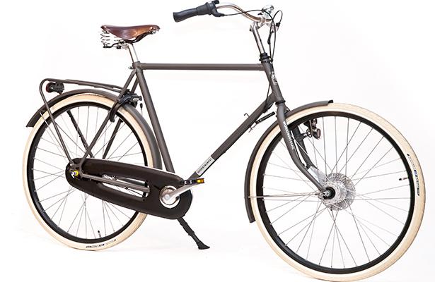 Пригородный велосипед Workcycles Secret Service Nuvinci. Классическая компоновка рамы. Цепь полностью скрыта в металлическом корпусе – за сохранность штанин теперь можно не волноваться. Оригинальная система электропитания переднего и заднего светодиодных фонарей. Цена – $2010