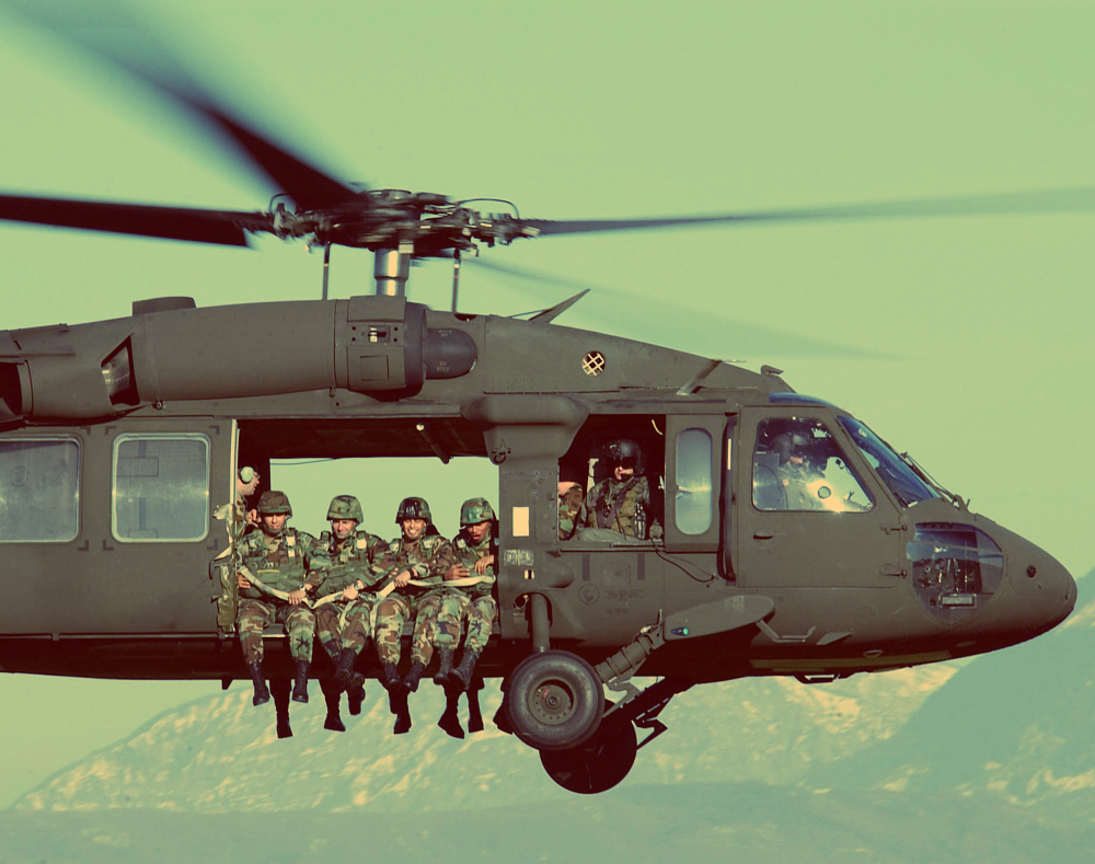 А чем ты хотел бы заняться на борту боевого вертолета?