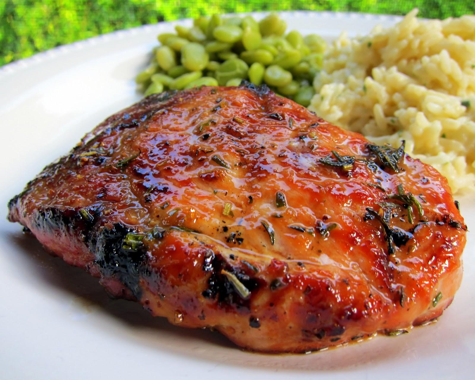 Куриное мясо содержит гормон счастья