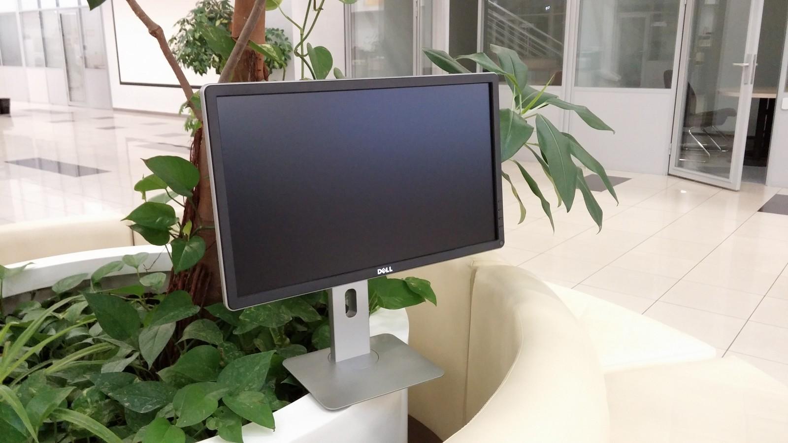 Dell P2214H - внешний вид монитора