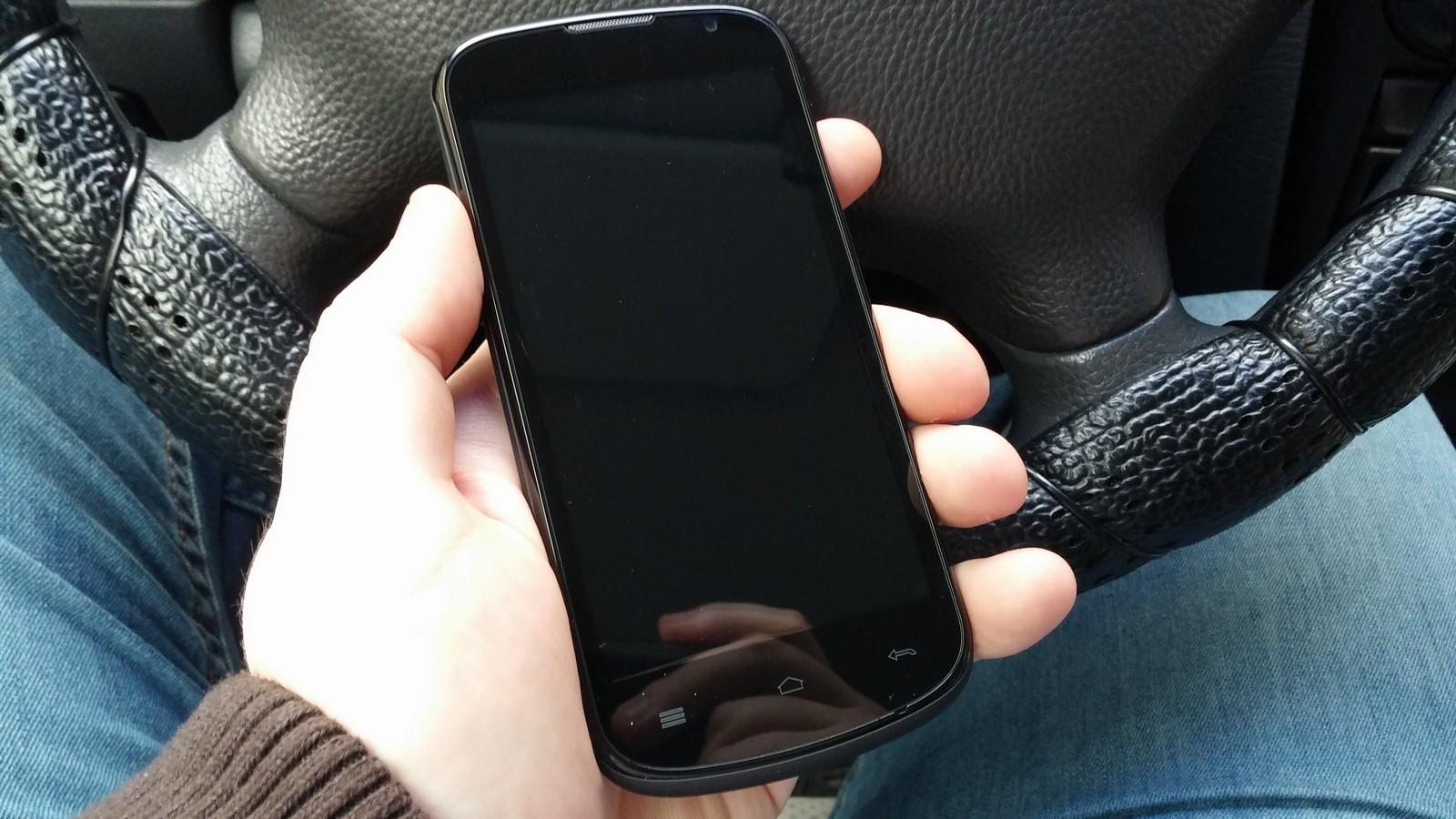 Мощность, недорого – обзор смартфона Gigabyte GSmart Aku A1 - ТЕХНО