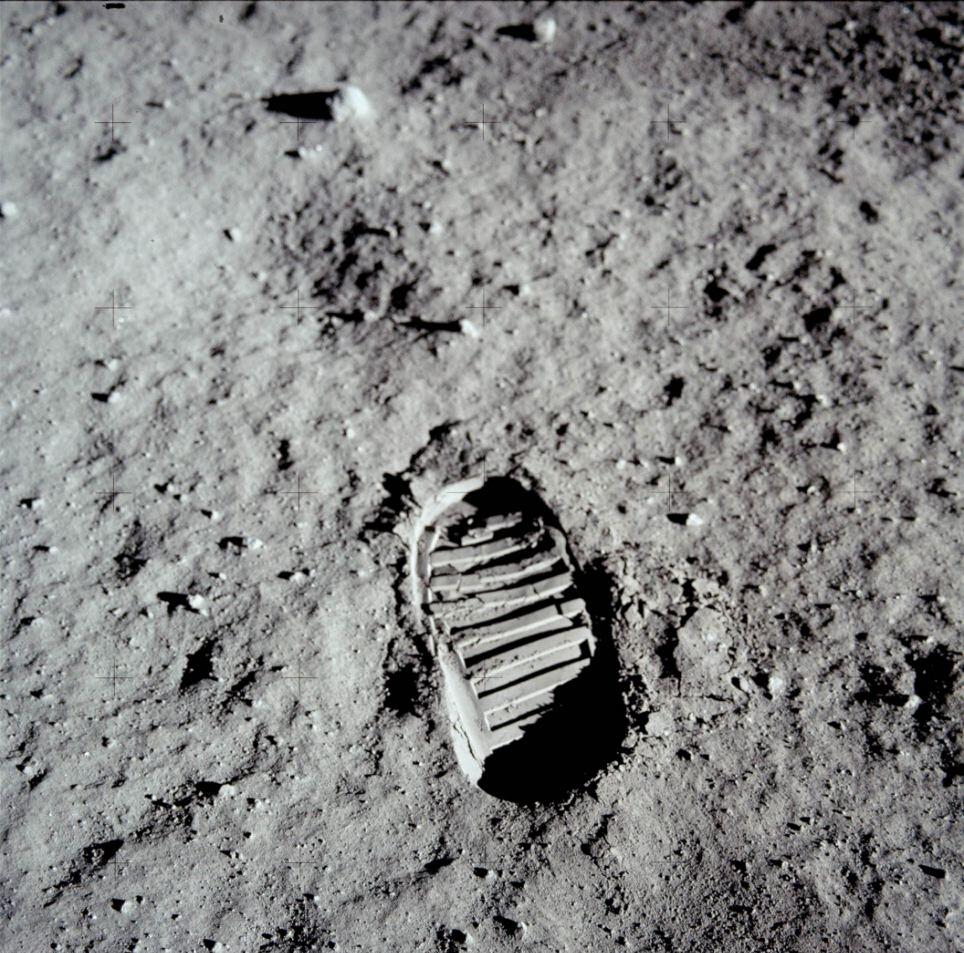 След Армстронга