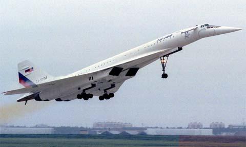 Туполев Ту-144 - первый в мире самолет, который преодолел звуковой барьер