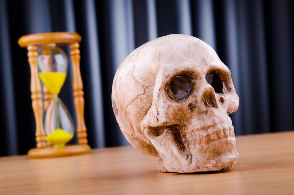 Дату смерти предсказывают часы