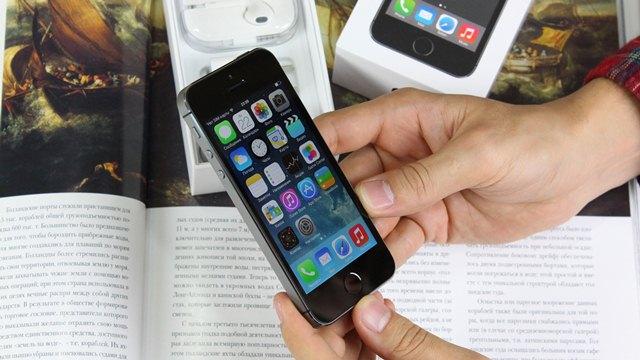 В iPhone 5S нашли проблемы с аккумулятором