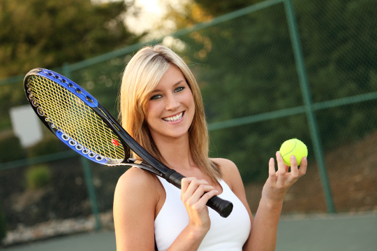 Игра в теннис может закончиться приятным знакомством