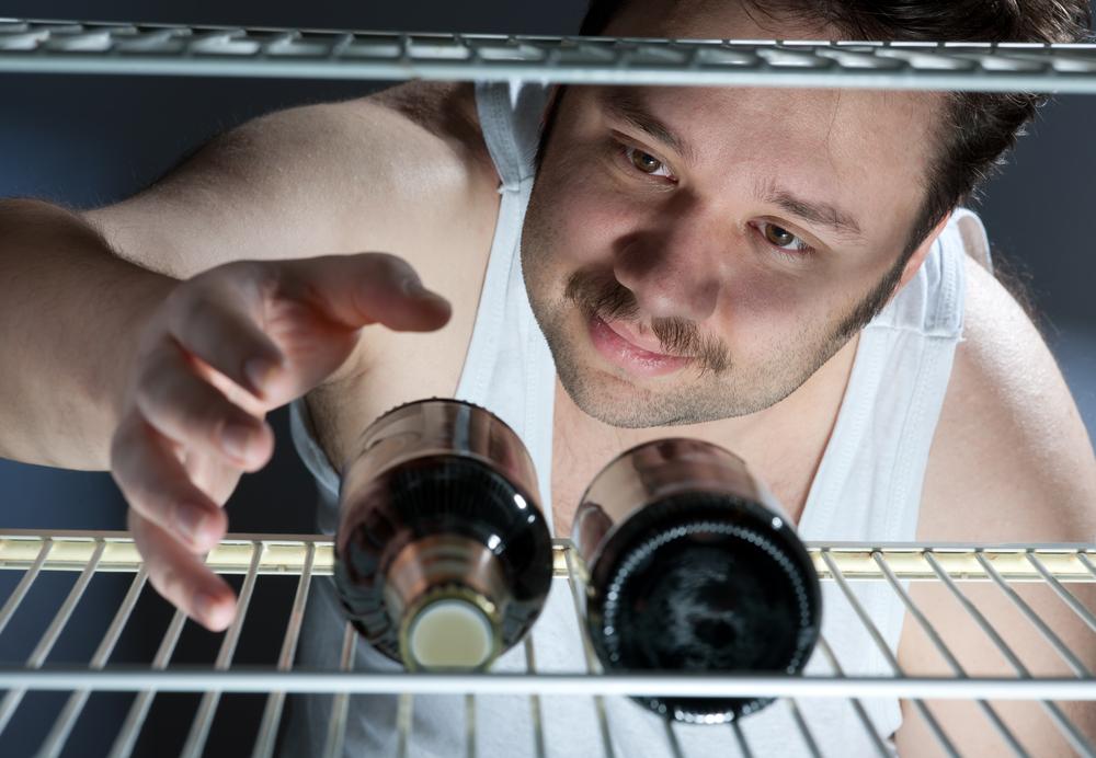 Спиртное - препарат №1 в домашней аптечке каждого мужчины