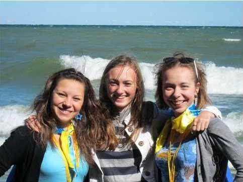 Украинские школьницы заняли третье место на Олимпиаде гениев