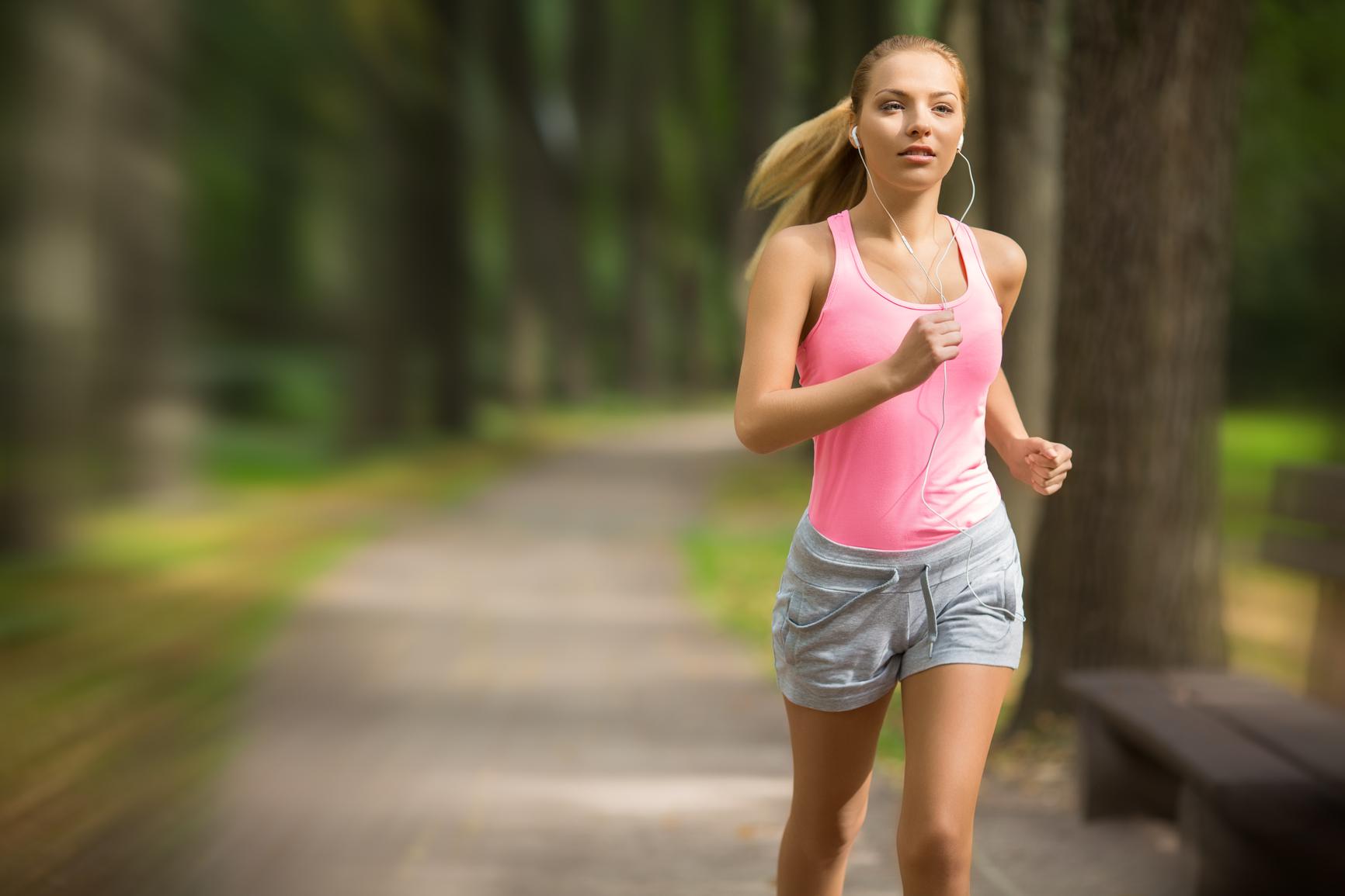 Як правельно займатися на біговій дорожці 16 фотография