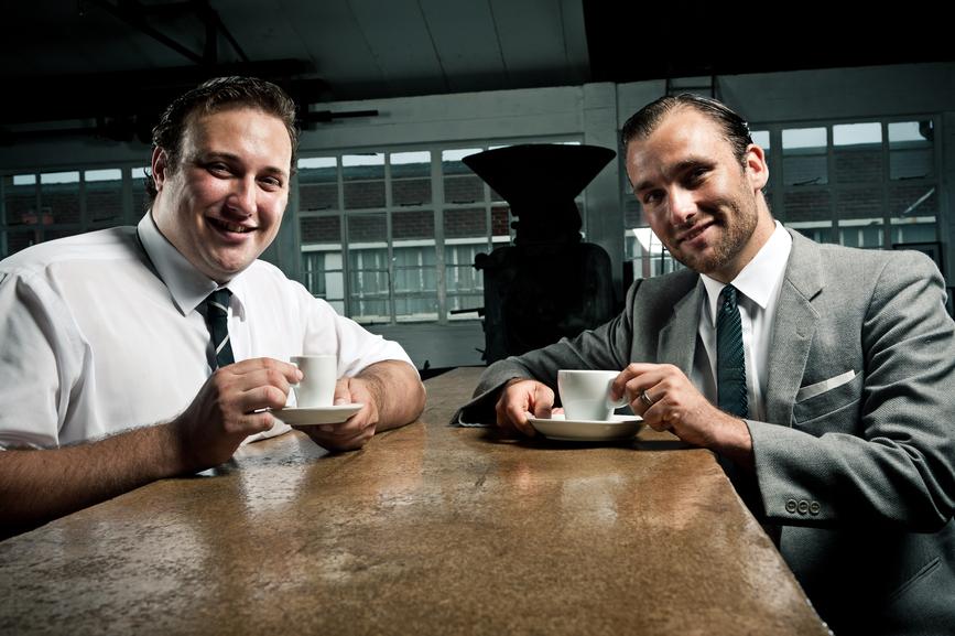 Самые важные решения часто принимаются за чашкой кофе, а не на серьезном совещании