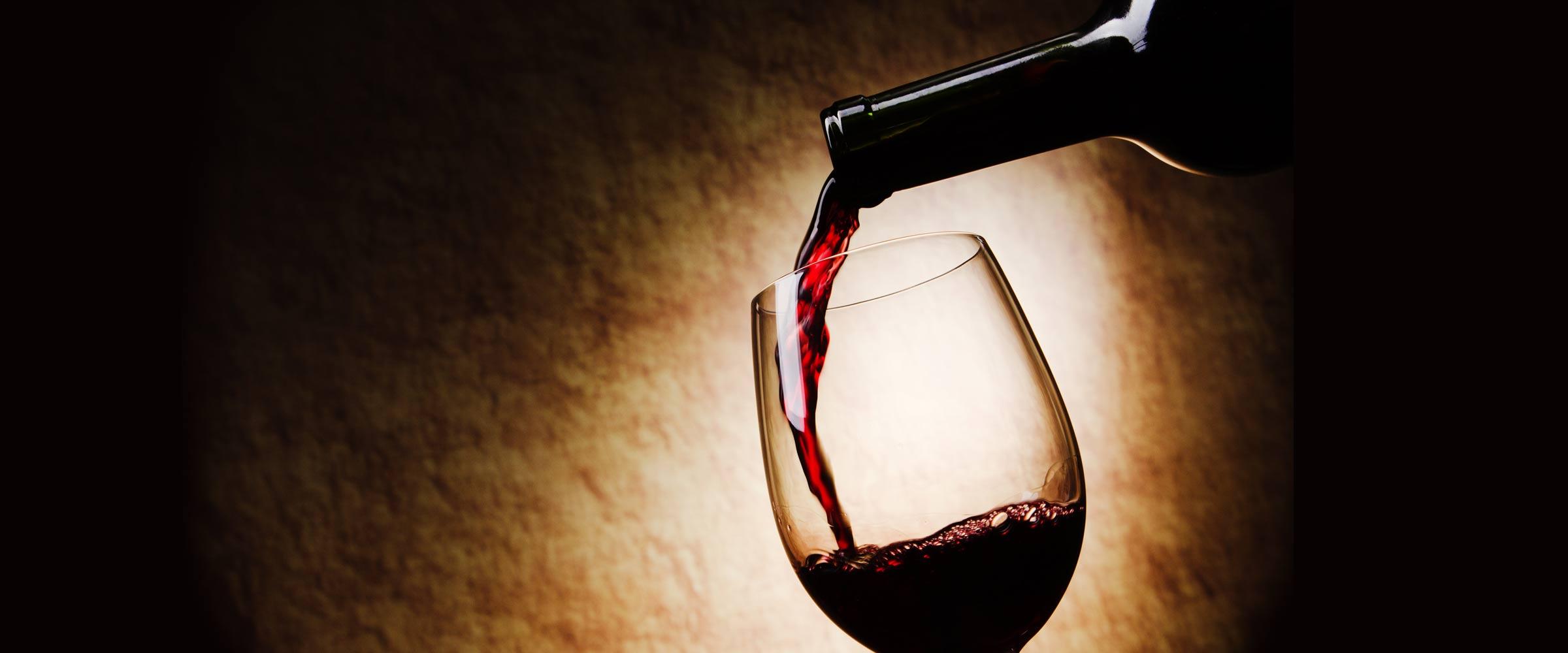 В пабах редко пьют вино