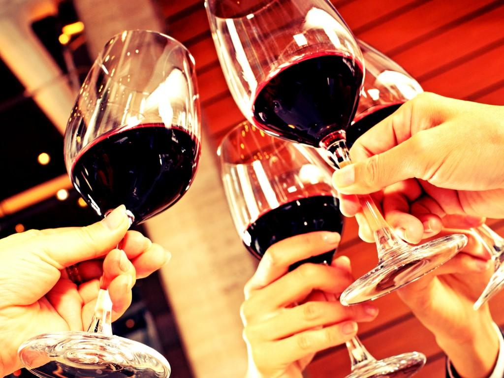 Вино - хороший повод для знакомства
