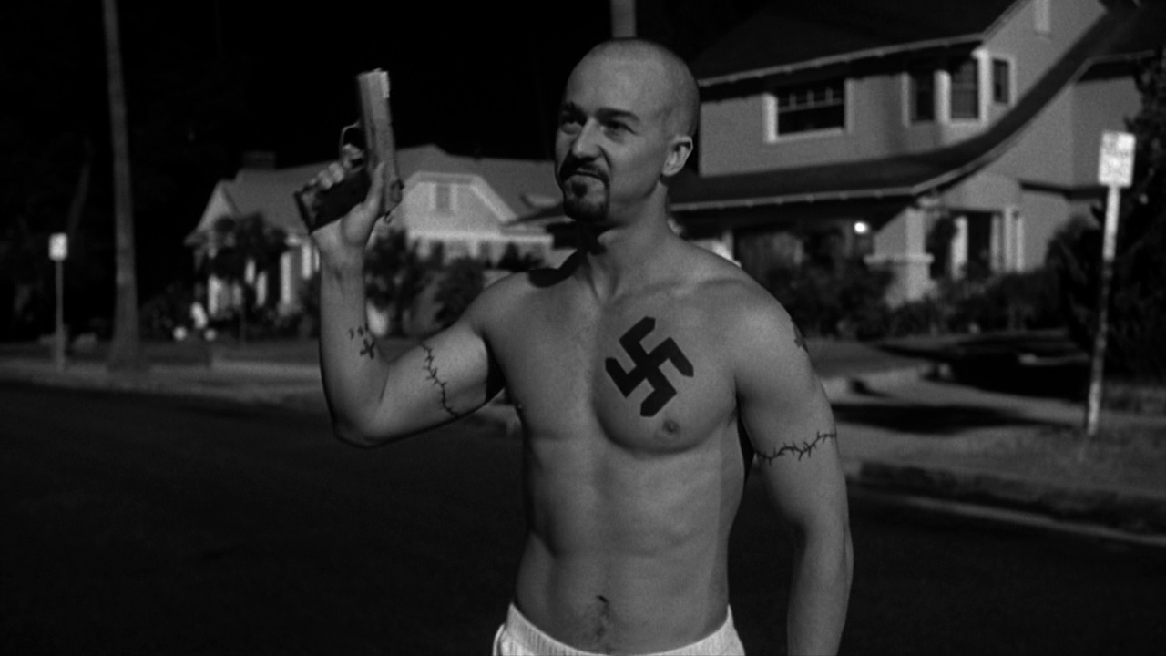 Нацизм потребовал от Эдварда Нортона накачанное тело и свастику на груди