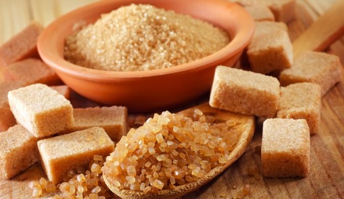 В тростниковом сахаре еще больше калорий, чем в обычном
