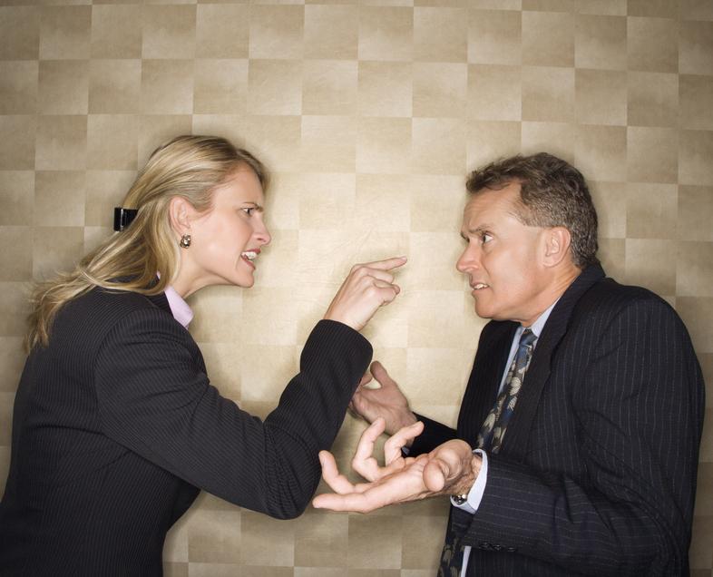Всегда будь осторожен с женщинами: одно неправильное слово - и ты враг