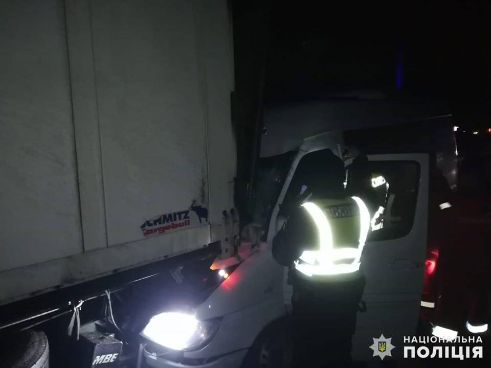 Второе ДТП произошло на трассе Киев-Одесса в 7:25.