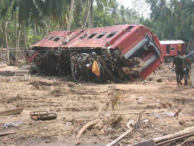На Шри-Ланке произошла самая крупная железнодорожная катастрофа
