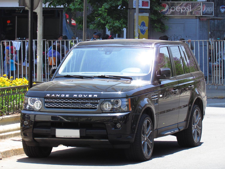 Первое поколение Range Rover Sport (иллюстративное фото)