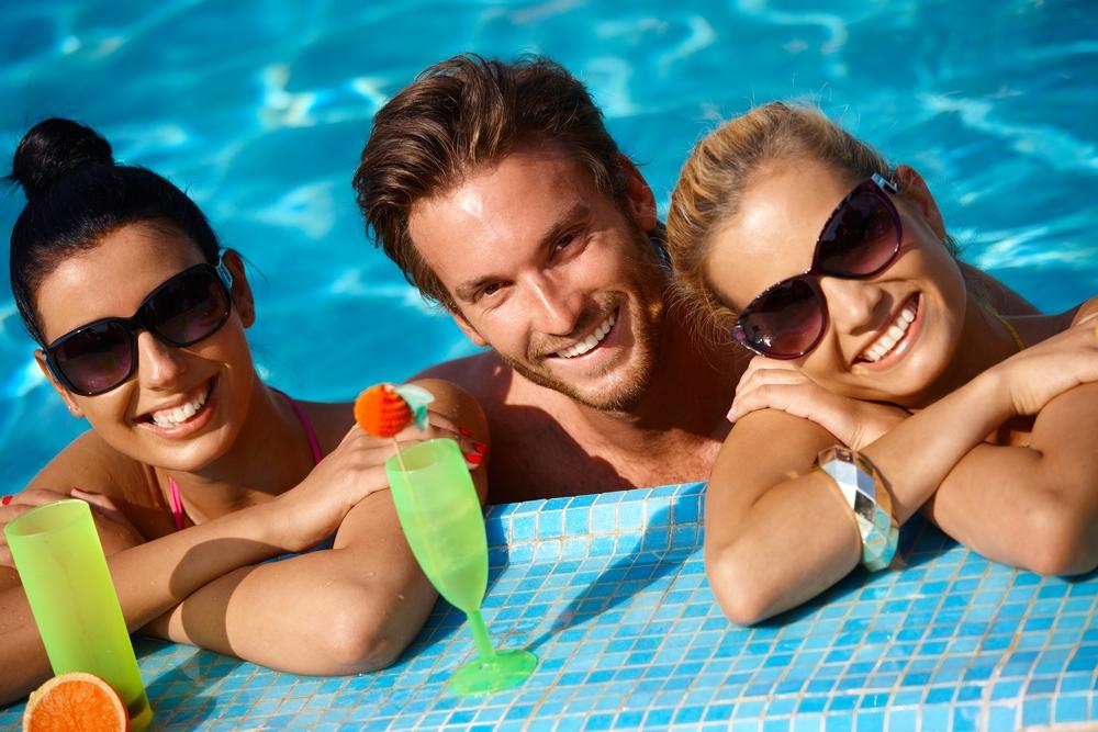 А какую жидкость ты пьешь во время отпуска?