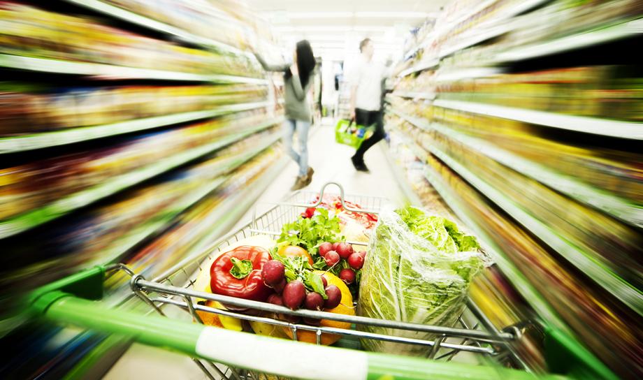 Покупай сезонные свежие фрукты и овощи - они стоят дешевле