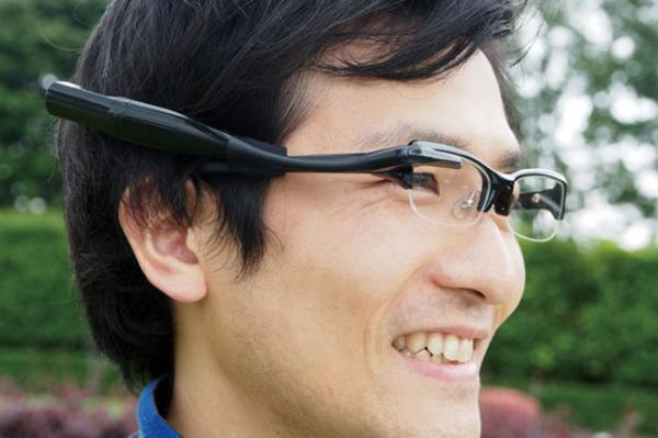 Очки от Olympus могут составить конкуренцию Google Glass
