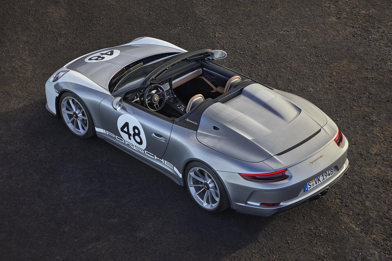 Всего выпущено только 1948 Porsche 911 Speedster